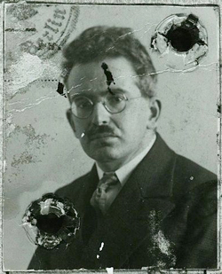 Passport photo of Walter Benjamin
