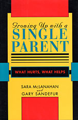 Cover: Growing Up With a Single Parent in PAPERBACK
